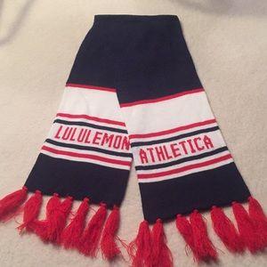 NWOT Lululemon Athletica scarf patriotic colors!
